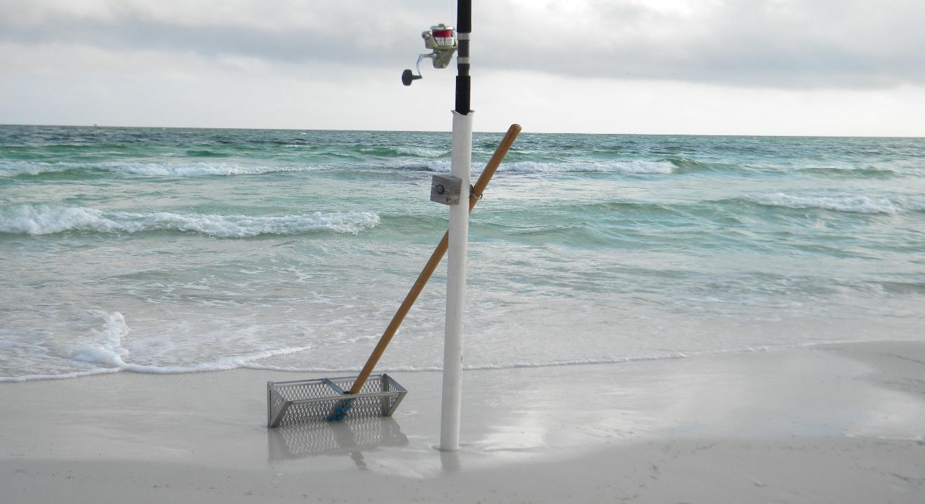 Surf fishing rod holders for trucks best fish 2017 for Best surf fishing rods
