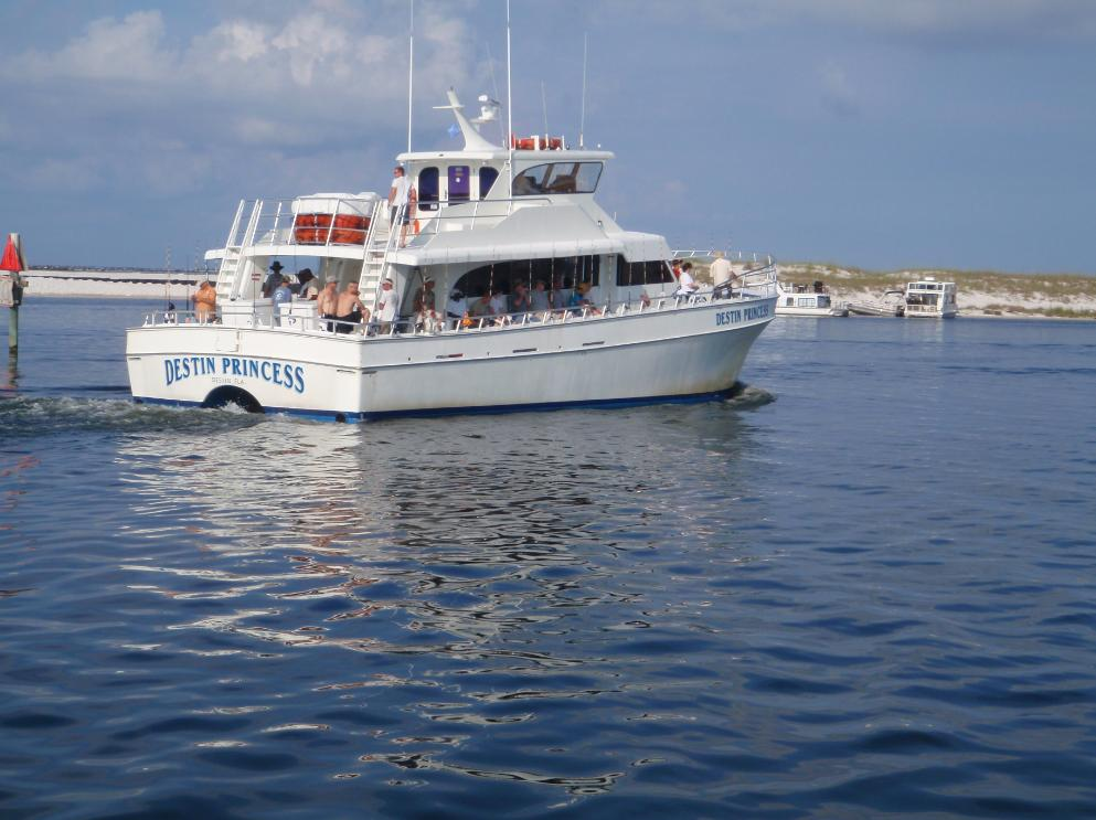 Boats party destinprincess for Party boat fishing destin fl