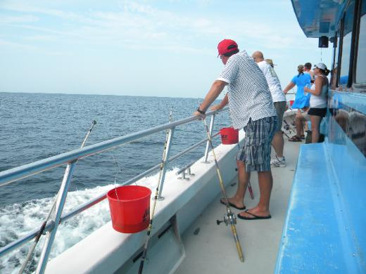 Boats party gulfbreeze for Destin party boat fishing