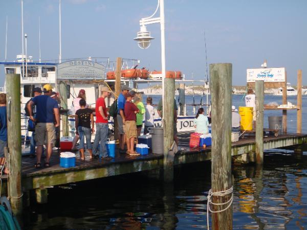 Boats party sweetjody for Party boat fishing destin fl